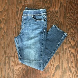 Levi's Women's Pull On Straight Leg Jeans 14